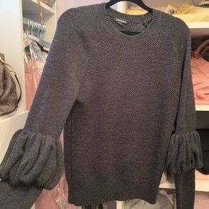 Club Monaco women sweater L